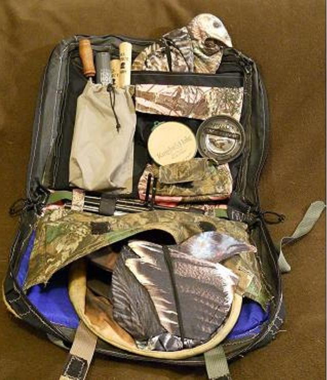 He's got three turkey Deks in there, Slates, Strikers, Calls...a ton of stuff. The DekPak has six interior pockets