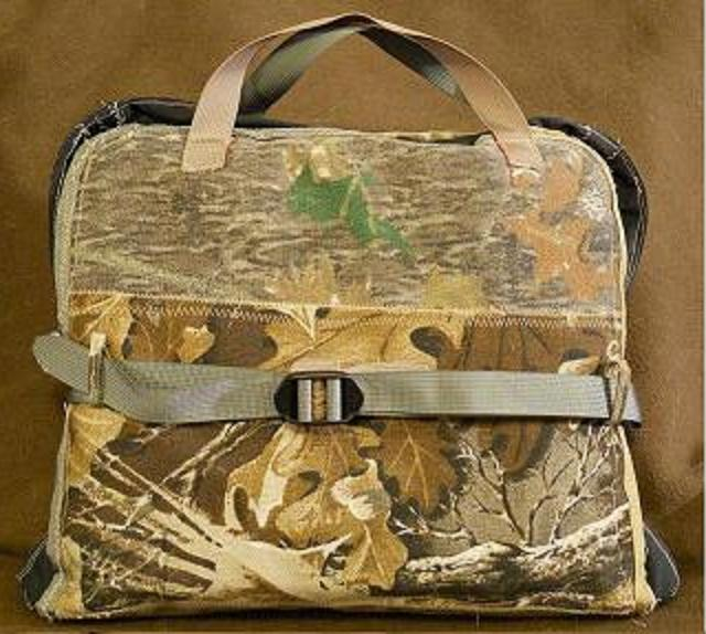 The DekPak in our ScrapBag camo has lots of interior storage. The double buckle sewn to the center allows for differnt size bundles